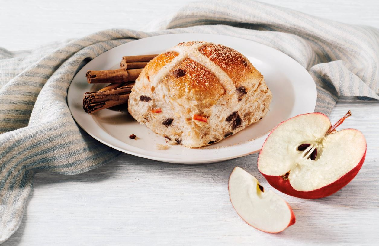 bakers delight hot cross bun